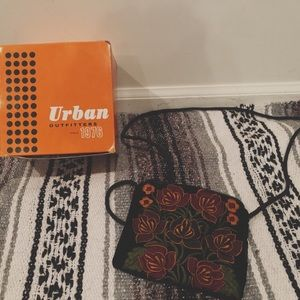 VINTAGE Urban Outfitters  floral purse with box